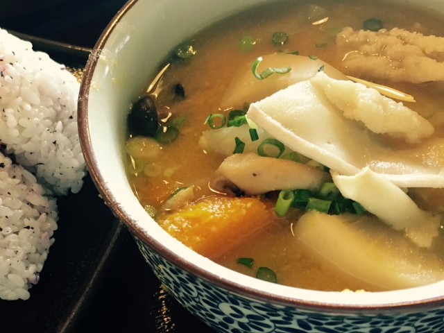 だご汁 大分県の郷土料理「だご汁(だんご汁)」の作り方・レシピ
