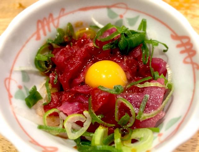 馬刺しユッケ 熊本県の郷土料理「馬刺しユッケ」の作り方・レシピ